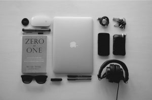 5 Gadgets Every College Student Should Have